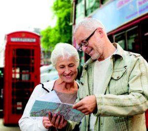 Senior English course in London - couple enjoying their London visits!